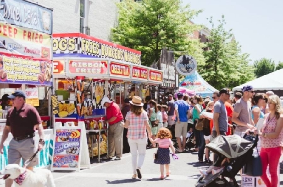 Main Street Festival happens each summer along historic Main Street in downtown Franklin. (Courtesy Visit Franklin)
