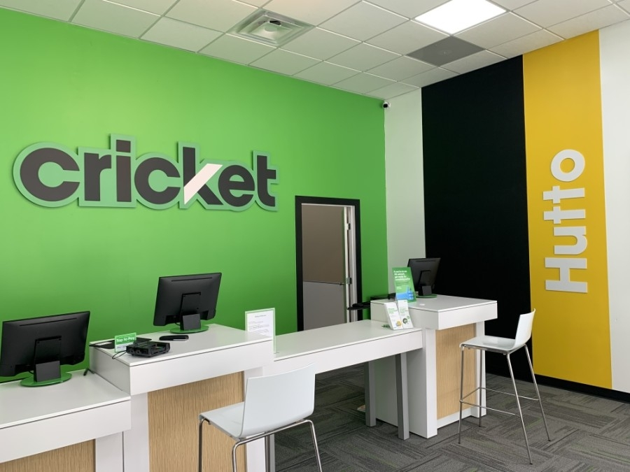 Cricket specializes in cell phones, plans and service. (Megan Cardona/Community Impact Newspaper)