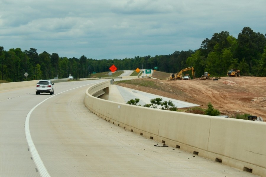 The final stretch of the $486.4 million Segment 1 of Hwy. 249 opened to drivers March 26 from FM 1488 to FM 1774 in Plantersville. (Anna Lotz/Community Impact Newspaper)