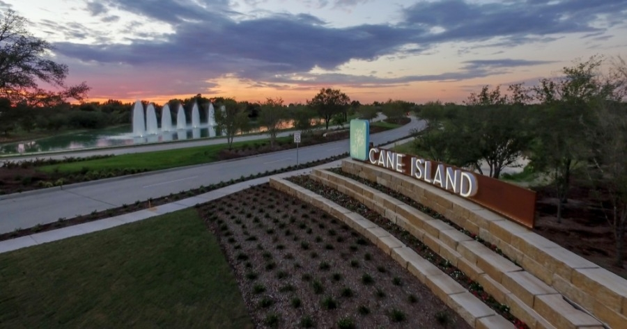 The new homesites will offer single-story and two-story floorplans with features such as an island kitchen, a media room, a flex space for private or semiprivate home office settings, and an outdoor entertaining space. (Courtesy Cane Island)
