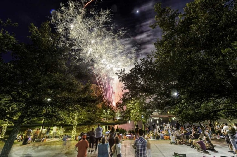 Memorial Day weekend in The Woodlands includes fireworks and other family events. (Courtesy The Woodlands Township)