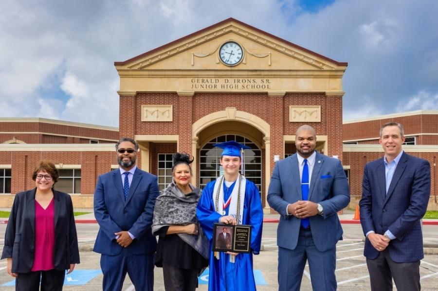 The Howard Hughes Corporation establishes the first annual Gerald D. Irons, Sr. Scholarship awarded to Kobe Brown (center), graduating senior from Oak Ridge High School. (Courtesy The Howard Hughes Corp.)