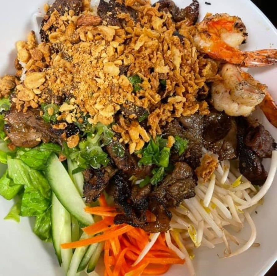 Mai Thai Pho & Grill serves Thai, Vietnamese and Chinese food. (Courtesy Mai Thai Pho & Grill)