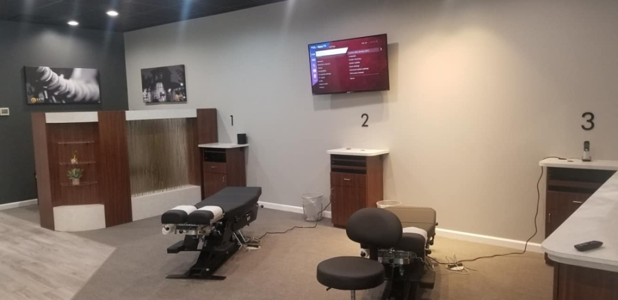 A new branch of 100% Chiropractic, a wellness clinic franchise, opened May 27. (Courtesy 100% Chiropractic)