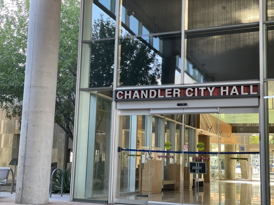 Chandler City Hall is in downtown Chandler. (Alexa D'Angelo/Community Impact Newspaper)