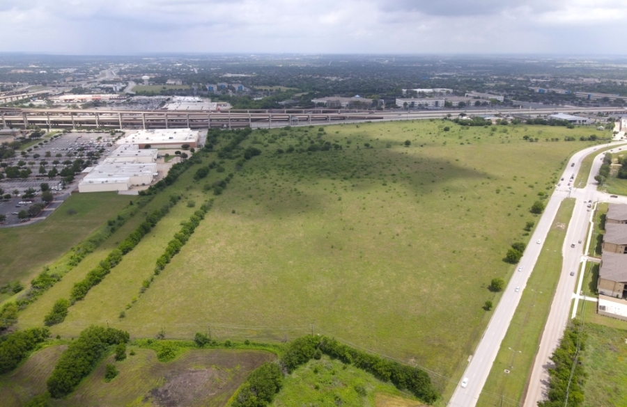 A 65.5-acre site in Round Rock is primed to become a mixed-use development. (Warren Brown/Community Impact Newspaper)