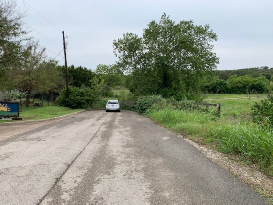 At issue at the June 8 Bee Cave council meeting is a proposed connection to Central Park off RM 620. Currently, a long driveway in that area has a dead-end at the park. (Greg Perliski/Community Impact Newspaper)
