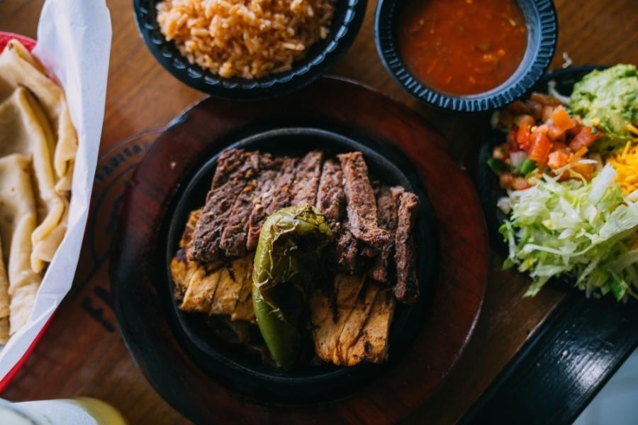 Fajita Pete's is known for its fresh-off-the-grill fajita concept. (Courtesy Fajita Pete's)