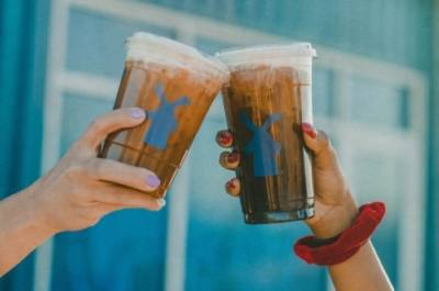 With more than 400 locations across 11 states, the Oregon-based drive-thru coffee company serves specialty coffee, smoothies, freezes, teas, a private-label Dutch Bros Blue Rebel energy drink and nitrogen-infused cold brew coffee. (Courtesy Dutch Bros Coffee)