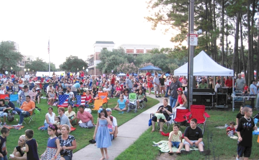 Local musician Andy Rodrigues hosts the annual July Fourth Fireworks Festival. (Courtesy Town Center Events)