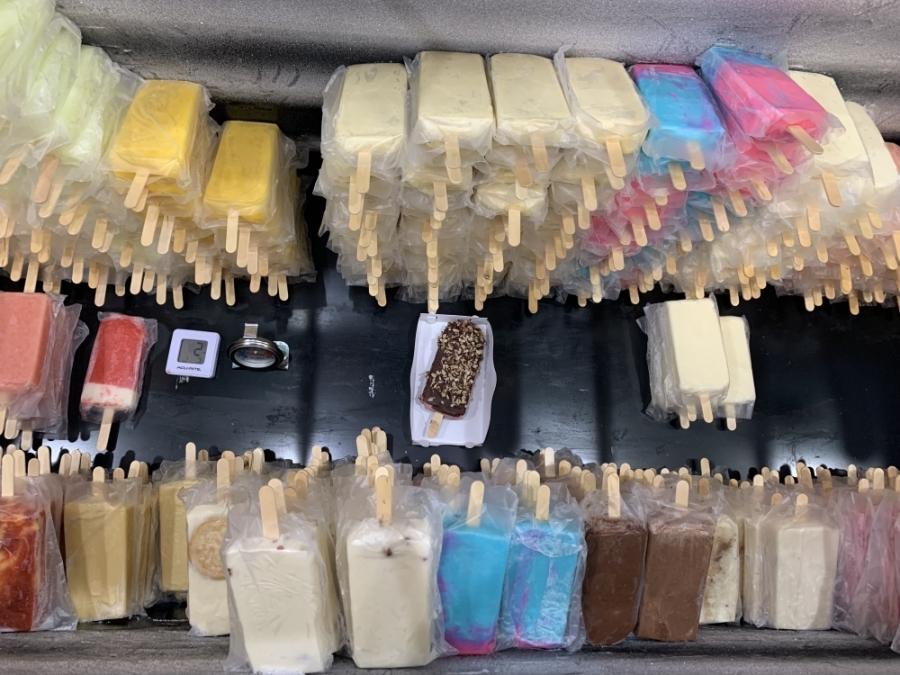 Bajo Zero serves milk- and water-based popsicles. (Megan Cardona/Community Impact Newspaper)