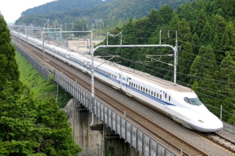 The Texas Central rail connection from Dallas to Houston will feature a bullet train similar to this one. (Courtesy Texas Central Partners)