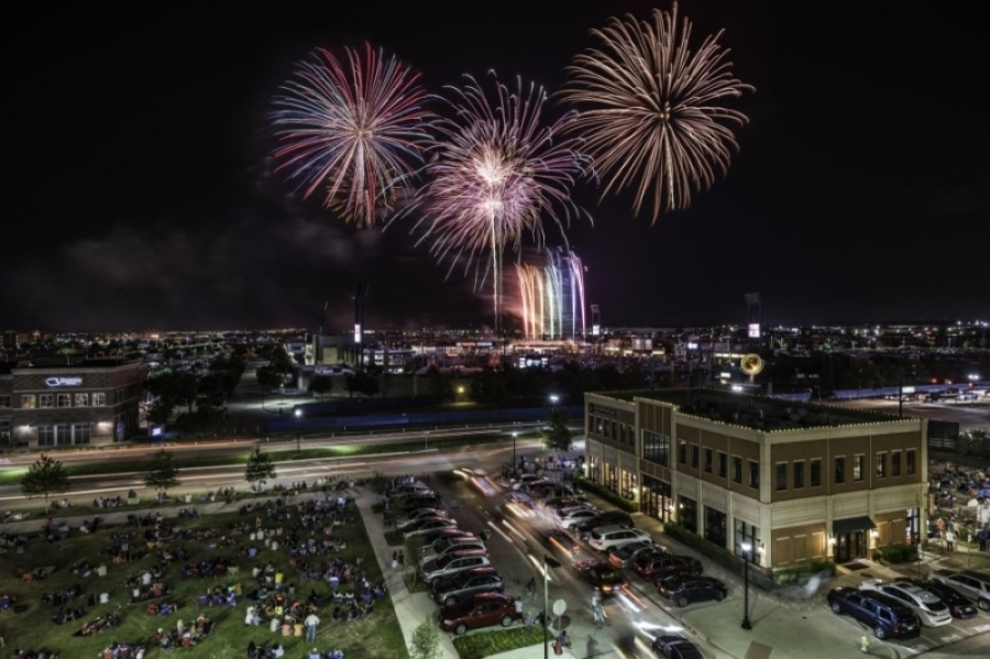 The city's annual Fireworks Extravaganza is scheduled to start at 9:45 p.m. after the FC Dallas game. (Courtesy Visit Frisco)