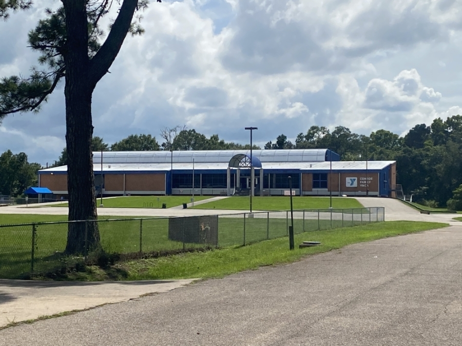 The city purchased the Conroe Family YMCA building on Owen Drive in March. (Chandler France/Community Impact Newspaper)