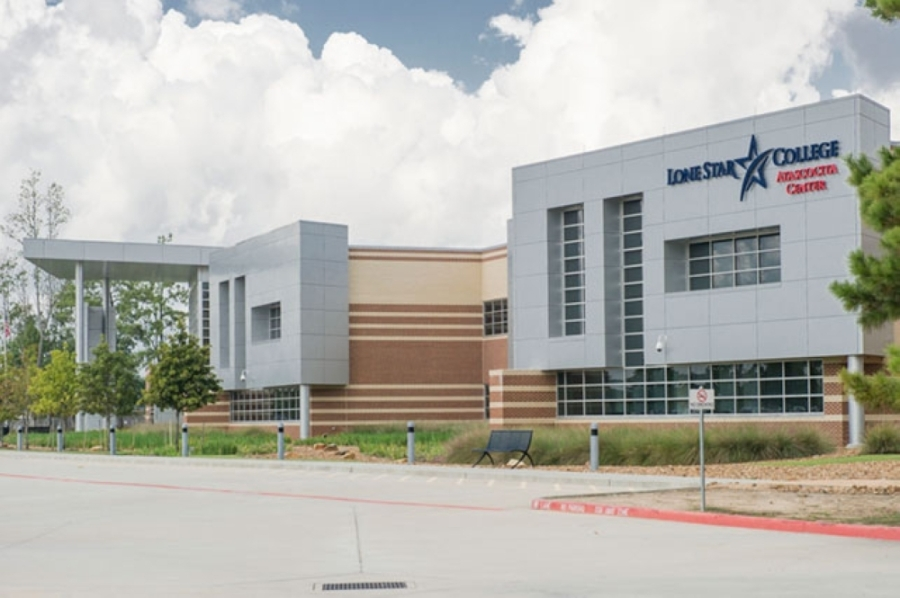 Officials with iSchool High-Atascocita, a tuition-free public charter school, announced the opening of a new campus at Lone Star College-Atascocita Center, 15903 W. Lake Houston Parkway, Houston. (Courtesy Lone Star College)