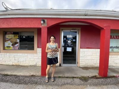 Massey Wallace and her husband, Allen Wallace, will open a seventh location of Lonestar Kolaches at the former Little Red Wagon in October. (Brooke Sjoberg/Community Impact Newspaper)