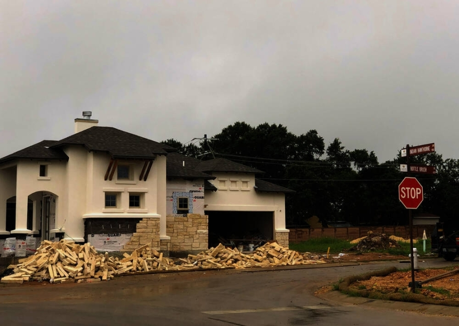 New homes are under construction in Georgetown. (Fernanda Figueroa/Community Impact Newspaper)