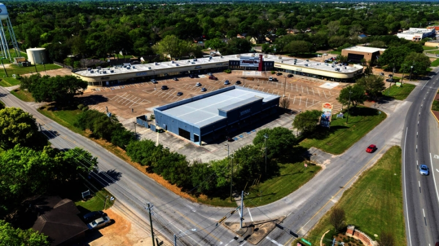 NAI Partners said Success on the Spectrum has leased 5,200 square feet for its incoming location at 5022 Broadway St., Pearland. (Courtesy NAI Partners)
