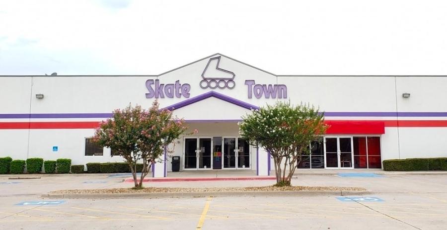 SkateTown opened in June 1997. (Courtesy SkateTown)