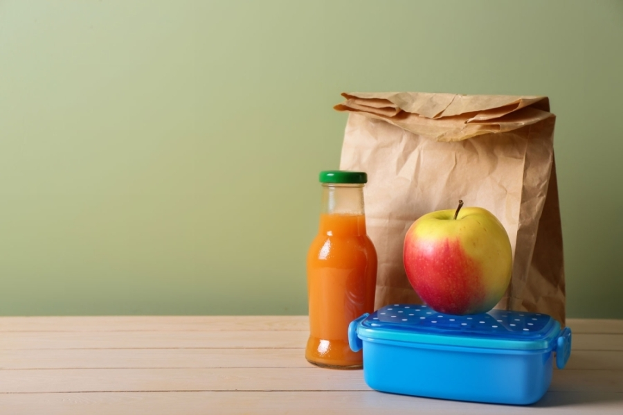 The district will still offer a la carte items and snacks for purchase. (Courtesy Adobe Stock)