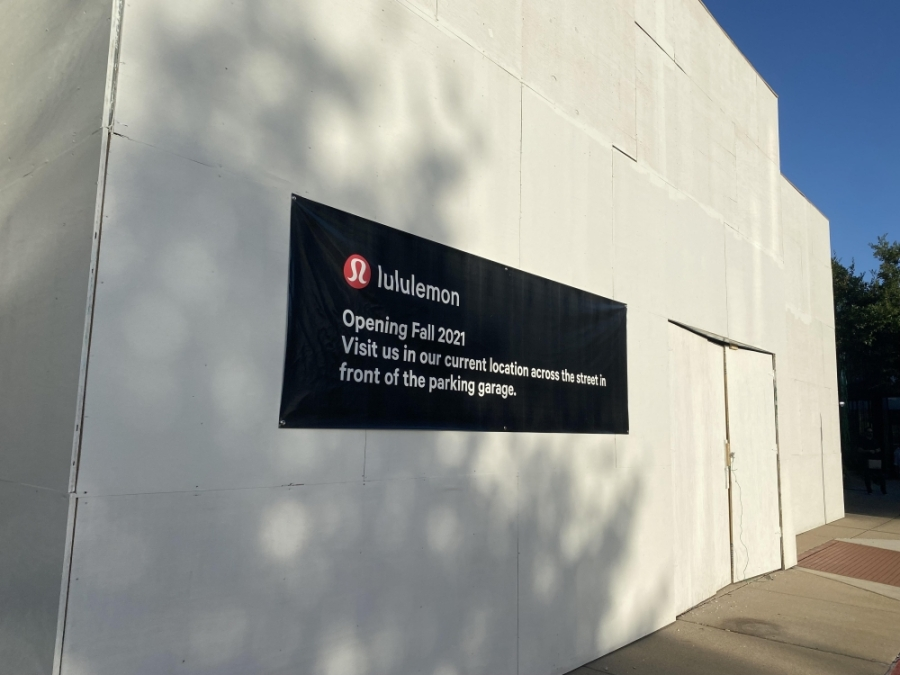 The new Lululemon Athletica location will open this fall. (Ally Bolender/Community Impact Newspaper)