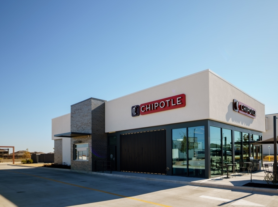 A new Chipotle location opened in Chandler last week with a pickup lane. (Courtesy Chipotle)