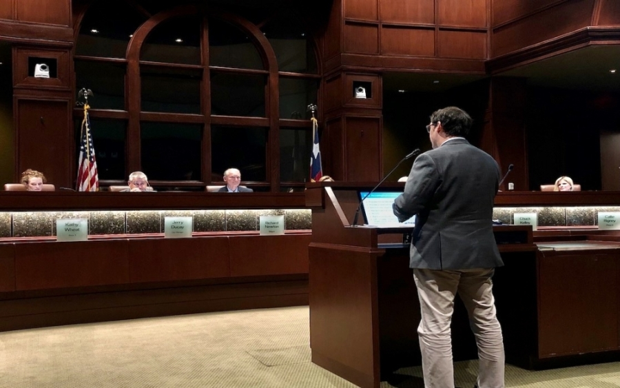 Colleyville Finance Director Kyle Lester presents the proposed tax rate and budget at the council's Sept. 7 meeting. (Bailey Lewis/Community Impact Newspaper)