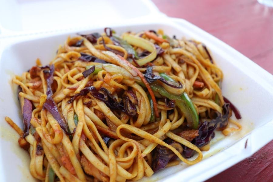 Chicken chow mein from Meera's Kitchen in San Marcos. (Zara Flores/Community Impact Newspaper).