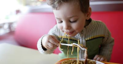 Many restaurants in Katy offer deals on free or discounted kids' meals. (Photo courtesy Canva)