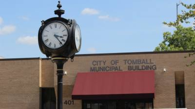 The city of Tomball announced the hiring of three officials at its Sept. 20 city council meeting. (Anna Lotz/Community Impact Newspaper)