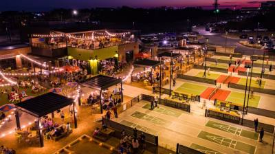 Chicken N Pickle will include a restaurant, sports bar and pickleball courts, and is expected to open in late 2022 in Grapevine. (Courtesy Chicken N Pickle)