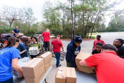 Montgomery County Food Bank volunteers take donations. (Courtesy Montgomery County Food Bank)
