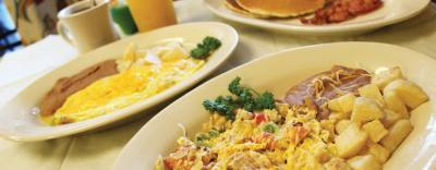 The customer favorite Migas Rancheras ($6.75) consists of scrambled eggs mixed with tortilla chips, onions, tomatoes and green peppers and is topped with cheese and a side of beans and potatoes. Customers can also order pancakes ($5.50) and the Omelet a la Mexicana ($6.25).