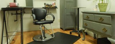 Products used in the salon are organic.
