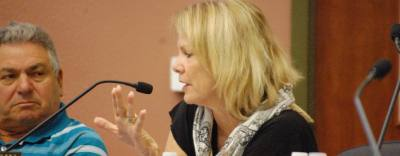 Lakeway City Council Member Jean Hennagin discusses a proposed performing arts center Oct. 3, 2016.