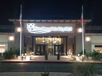 Unofficial election results show Matthew Hoyt winning the election for the New Braunfels City Council District 4 seat.