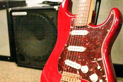 Fender Deluxe Player Strat ($599.99)