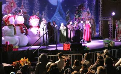 Grapevine officials perform for the cityu2019s annual Carol of Lights celebration.