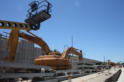 Crews will reach another milestone on the Hwy. 290 widening project next week.