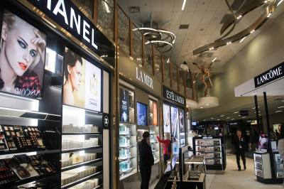 CBI Retail Ventures opened the largest duty-free retail store in DFW Airport.