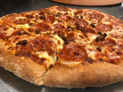 Pizzaiolo's Gourmet Pizza is just one of the locally owned restaurants in Magnolia.