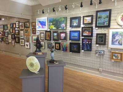 The New Braunfels Art League's January show will feature works from all 2017 Artist of the Year nominees.