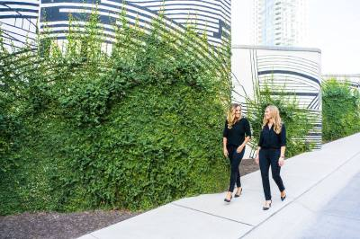 Drs. Lauren Jacobsen and Kimberley Barclay are behind Toothbar, downtown Austin's newest dental practice.