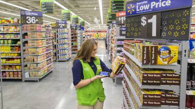 Walmart opened a store location at SH 121 and Custer Road in Frisco.