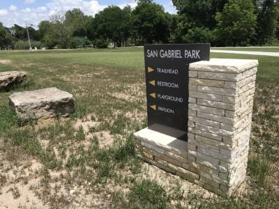 San Gabriel Park is located along the west bank of the San Gabriel River in central Georgetown.