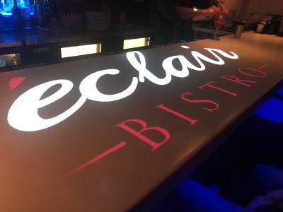 u00c9clair Bistro is now offering projection mapping during dinner.
