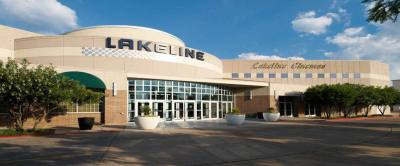 Day by Day Calendars opened at The Lakeline Mall.
