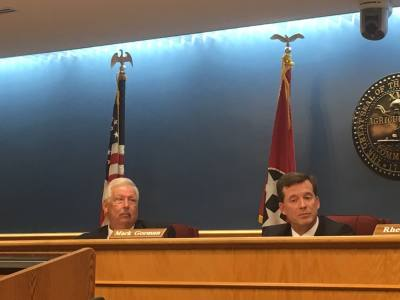 Vice Mayor Ken Travis (left) led several rounds of voting that did not result in the appointment of a new mayor during the May 13 meeting.