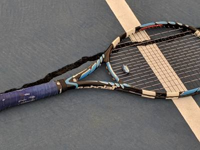 Cracks with widths of up to an inch are spreading across outdoor tennis courts in Round Rock.