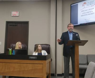 Oak Ridge North Mayor Jim Kuykendall, right, announced he will step down in June during his May 29 State of the City address.